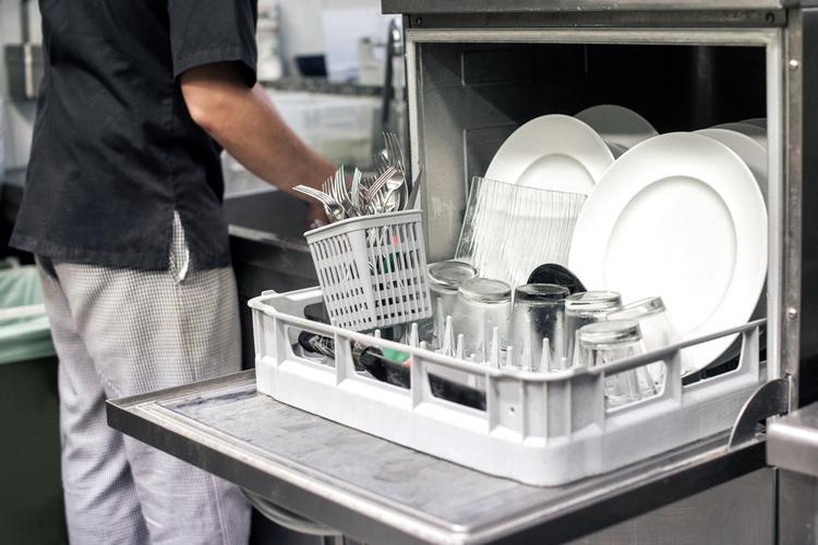 lave-vaisselle-restaurant