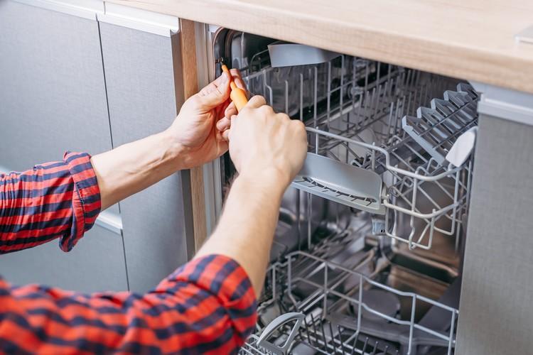 installation-lave-vaisselle